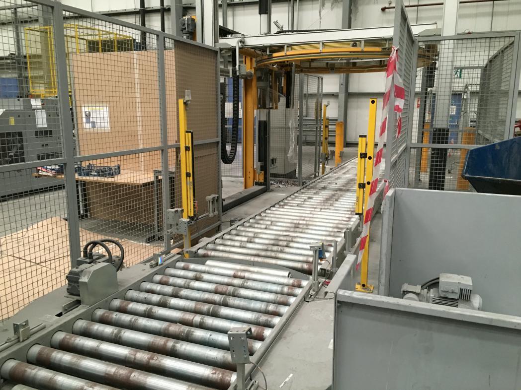 Producția de mobilier Packin