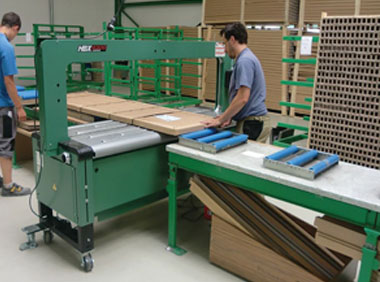 Мебелна индустрия Пакин