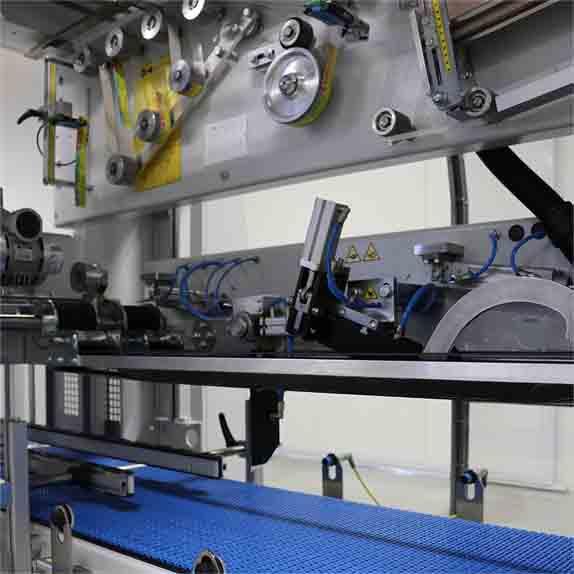 Машина за автоматично полагане на дръжки HA60 Пакин